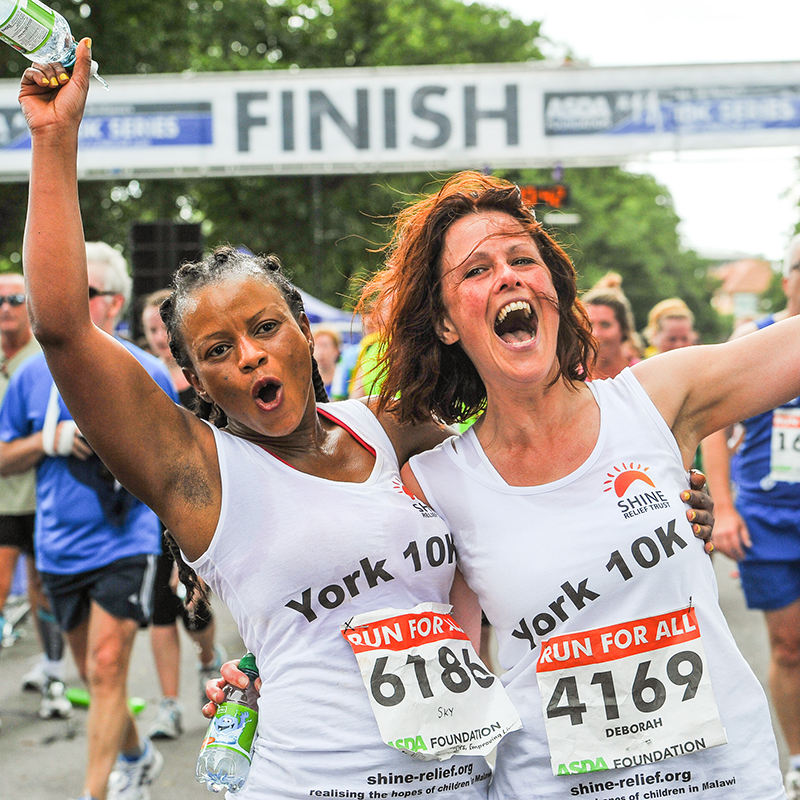 2 women finishing the York 10k