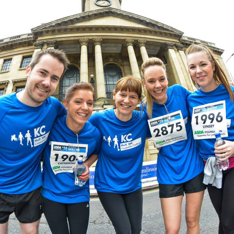 Hull 10k runners at the finish line